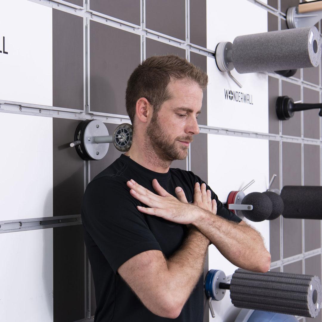 Betriebliche-Gesundheitsfoerderung-wonderwall-fitness-training-wandloesung-funktional-3