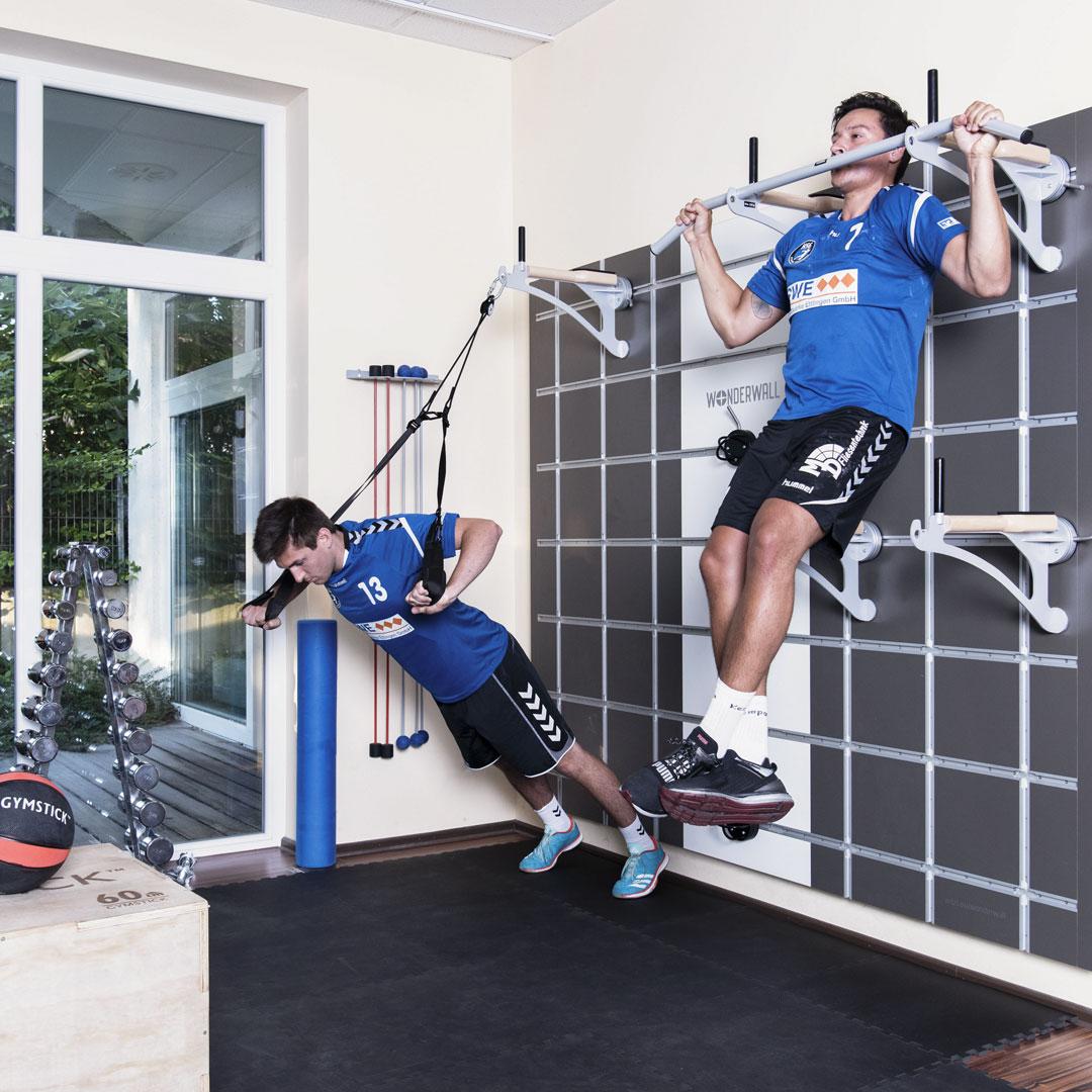 Betriebliche-Gesundheitsfoerderung-wonderwall-fitness-training-wandloesung-funktional-4